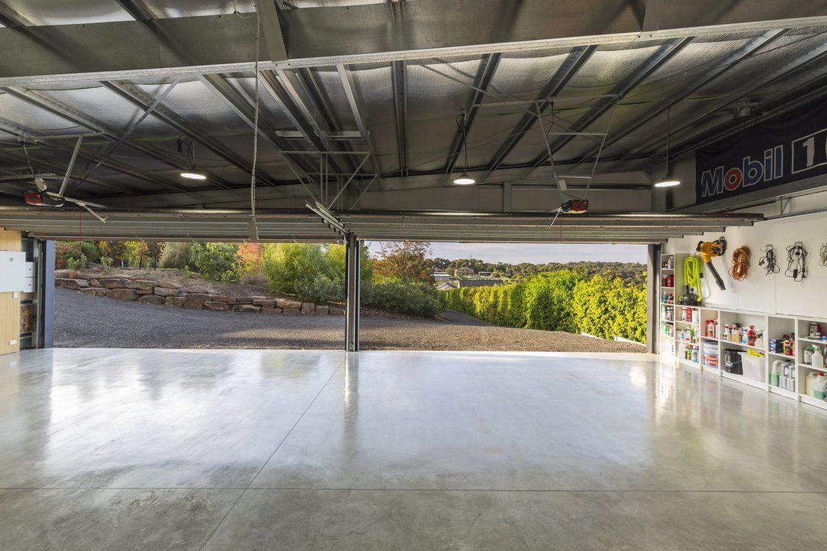 Plenty Skillian Garage